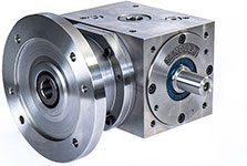 Bevel gearbox with flange