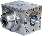 Bevel gearbox with hollow pinion